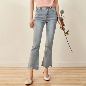 Flare blue ankle jeans size xs (waist 23-24)